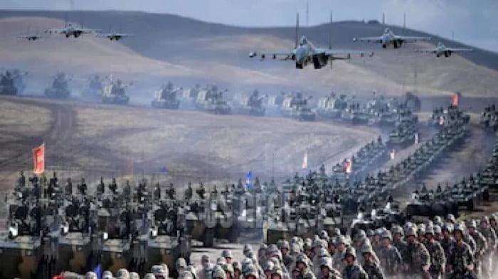 चीन ने LAC पर तैनात किए 50 हजार सैनिक, आख़िर क्या करना चाहता है ड्रैगन ?